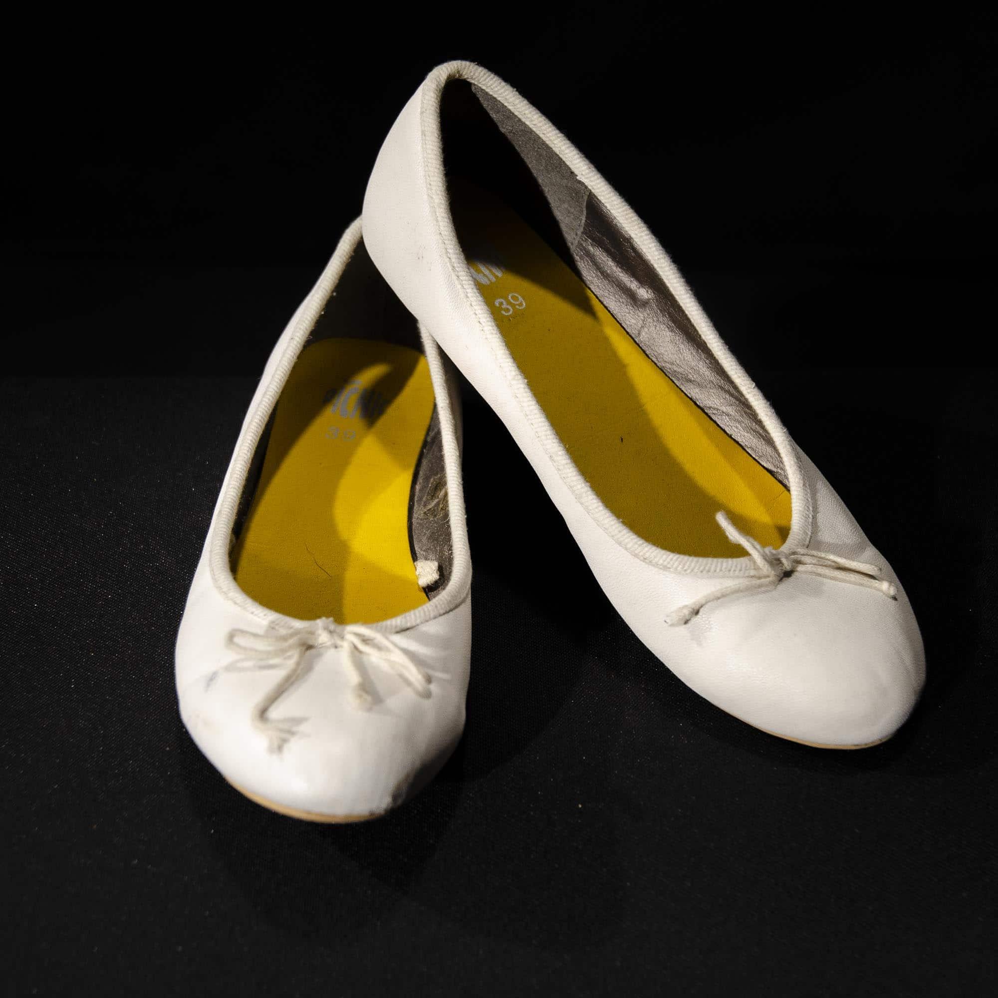 Weiße Ballerina SD006