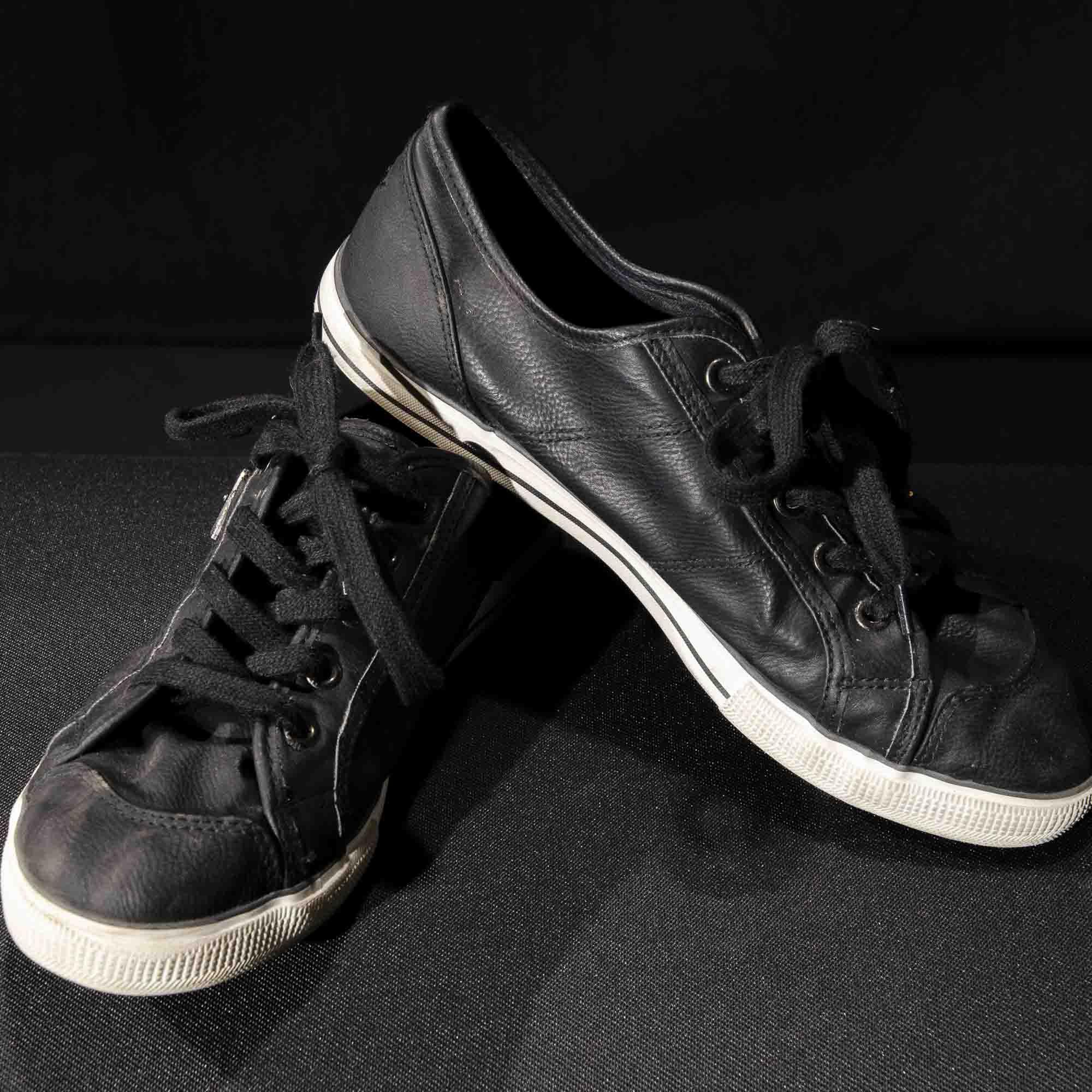 Sneaker SH019